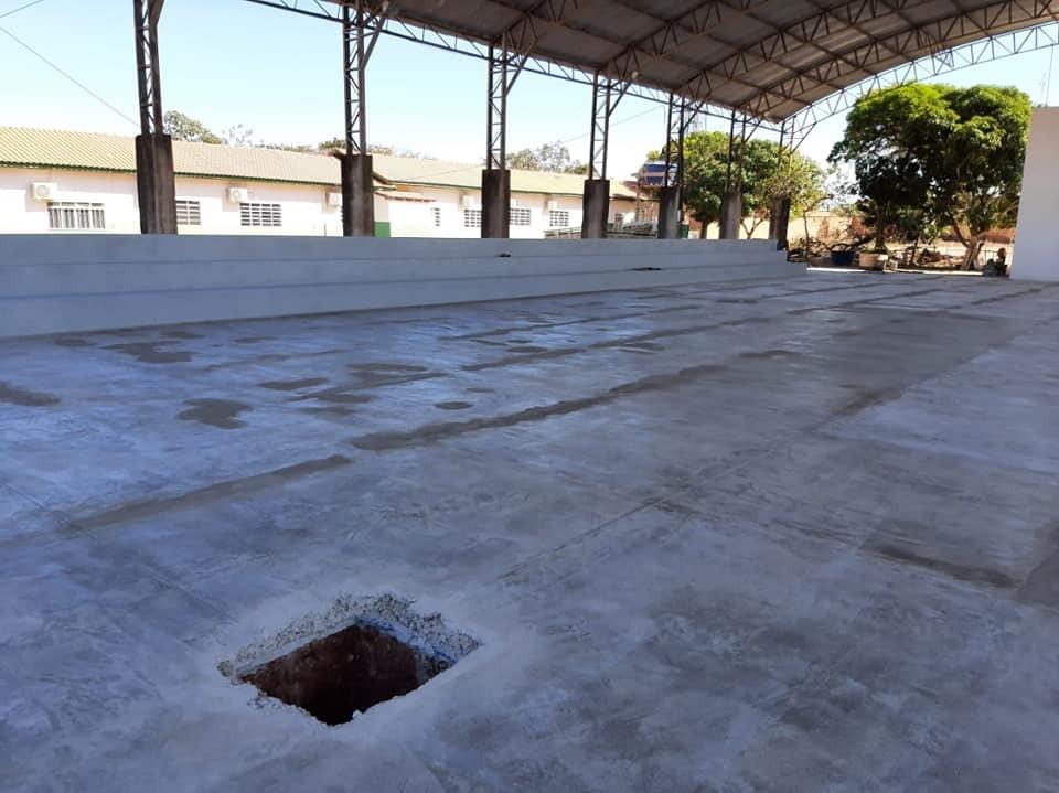 Reforma da Quadra Poliesportiva da Escola Municipal padre Nazareno Lanciotti em parceria com Deputad